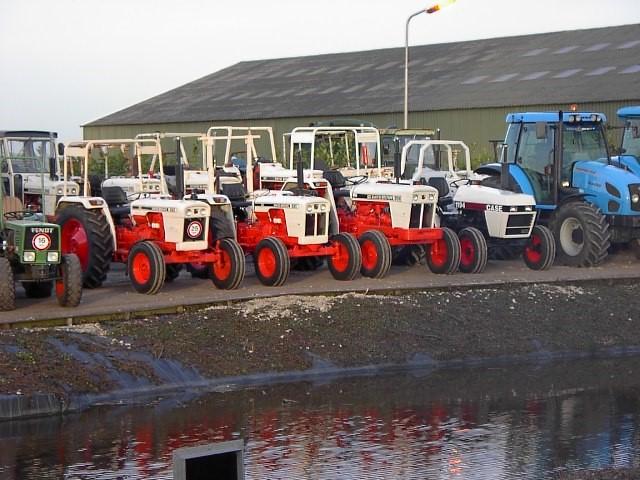 LMB de With - traktoren aan sloot